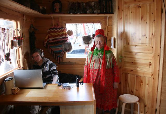 IMG_4938 Nordkapp Saami vendor and teen