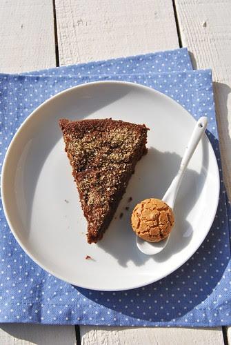 Torta Monferina with pumpkin and amaretti cookies
