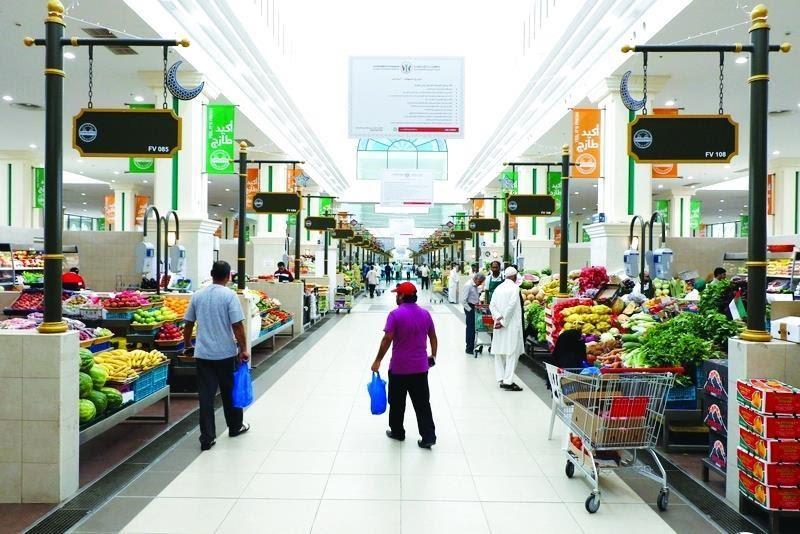 631883696 نظمت دائرة التنمية الاقتصادية في الشارقة حملة الموازين التجارية لمعايرة  الموازين التجارية في الأسواق المركزية .