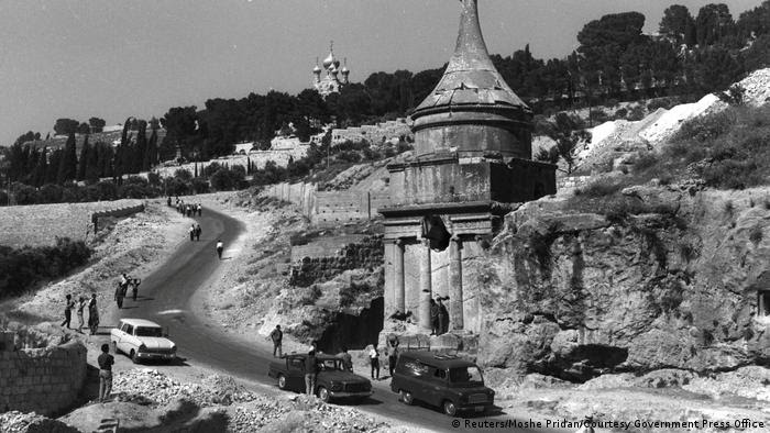 Israel - Jerusalem 1967 - Abschaloms Grab (Reuters/Moshe Pridan/Courtesy Government Press Office)