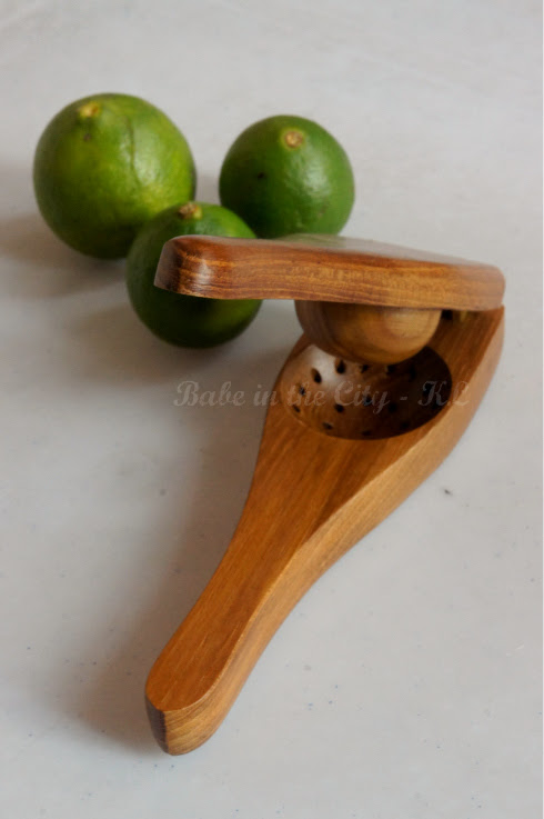 Lime squeezer - open