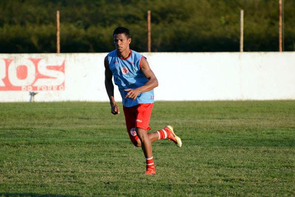 Adriano Pardal volta a atuar ao lado de Rodrigo Pimpão no ataque, com a dupla, técnico Leandro Sena vai explorar os contra-ataques