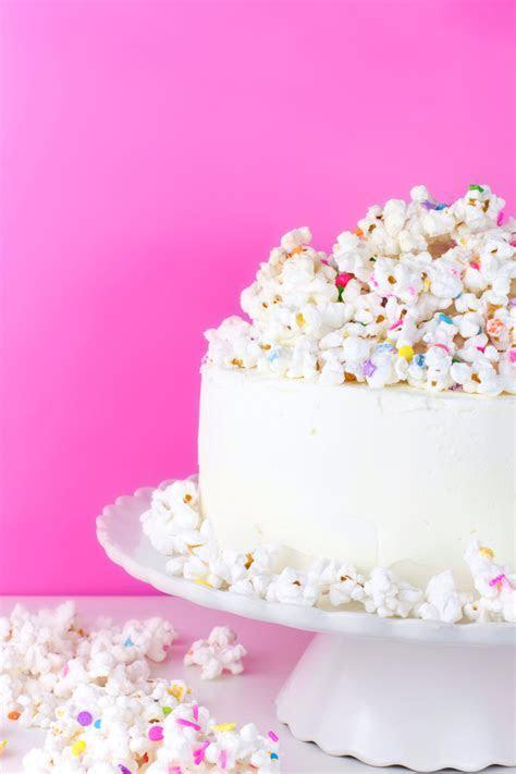 White Chocolate Popcorn Cake ? A Subtle Revelry