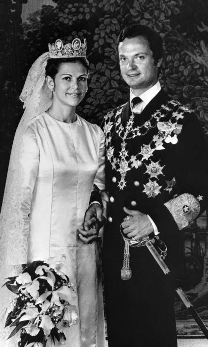 queen silvia  sweden reflects  family    king