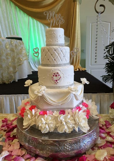 Cakes by Lara   Wedding Cake   Boynton Beach, FL   WeddingWire