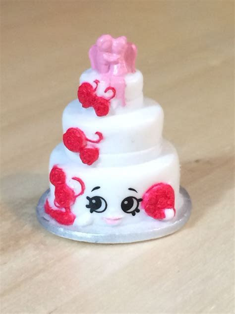 Wendy Wedding Cake White 3 008 Shopkins Season 3