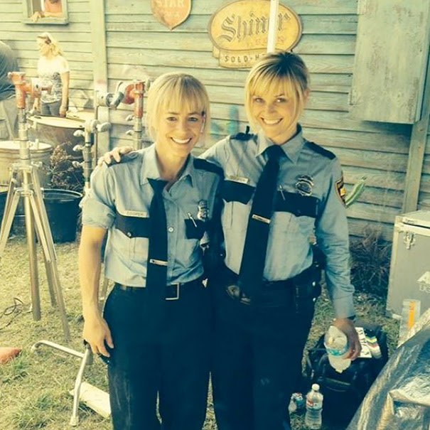 Reese Witherspoon Hung Out With Her Stunt Double Marny Eng On The Set Of Hot Pursuit