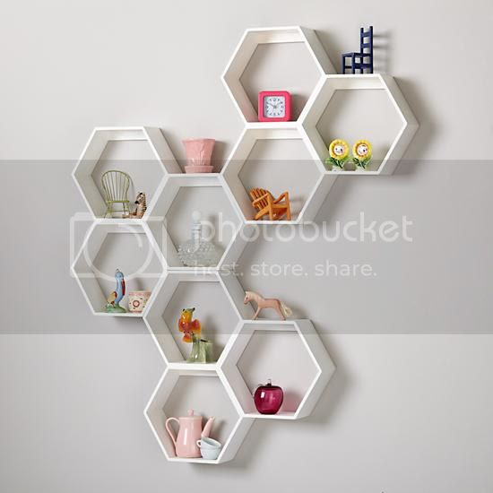 photo honeycomb-wall-shelf-white_zps91646e73.jpg