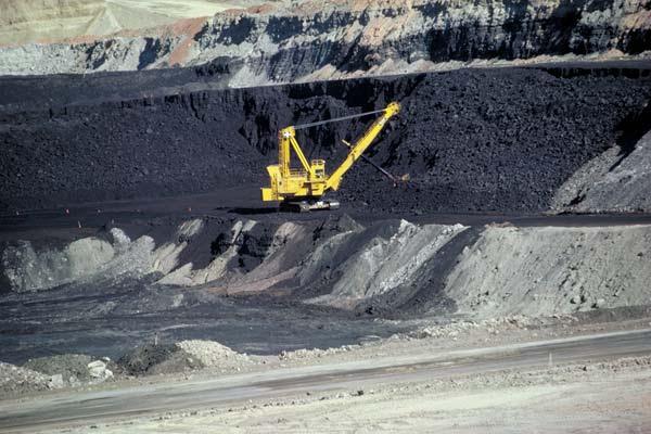 File:Coal mine Wyoming.jpg