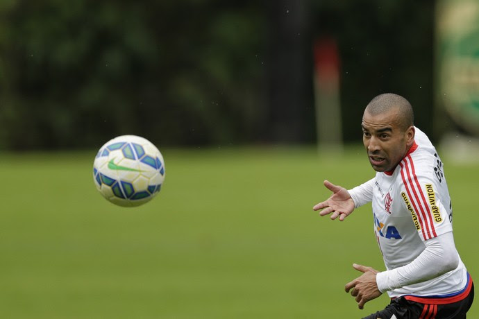 Emerson Sheik treino Flamengo (Foto: Paulo Campos / Estadão Conteúdo)