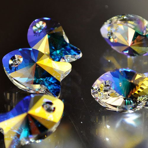 34767270015001 Swarovski Elements Pendant - 18 mm Fish (6727) - Crystal AB (1)
