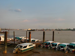 Sibu harbour [IMG_4744]