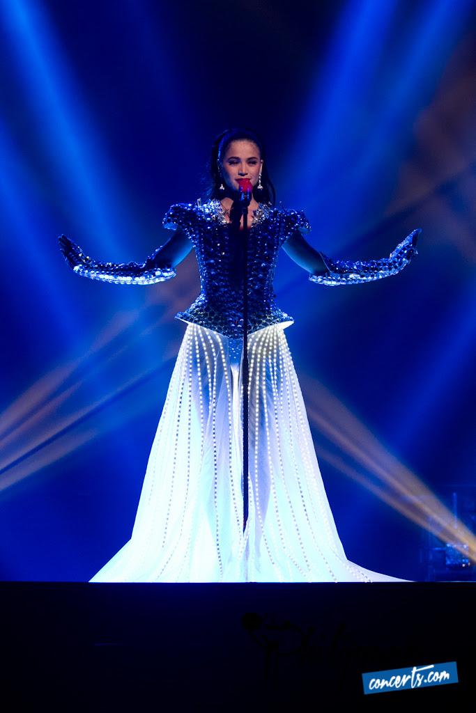 Anne Curtis Annekapal Concert Photos | Philippine Concerts