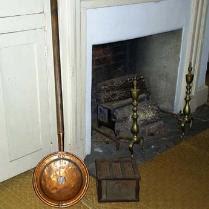 antique-brass-bed-warmer