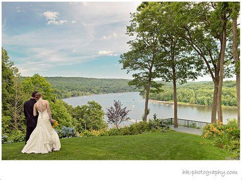 Saint Clements Castle in Connecticut   Wedding Reports