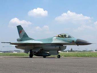 F-16A ВВС Индонезии. Фото с сайта irwan.net