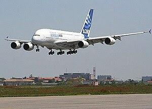 Airbus A380, avión comercial con mayor número de plazas.