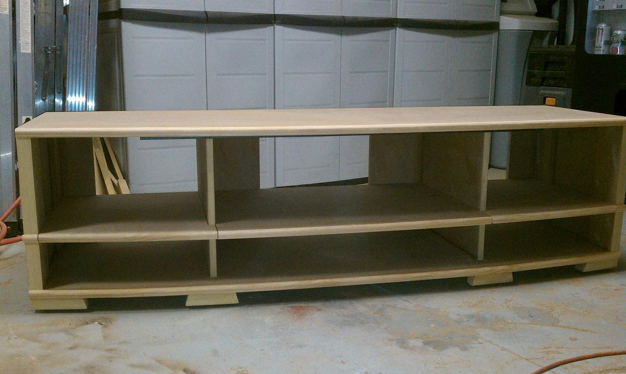 Nepl: Cool Build simple tv stand