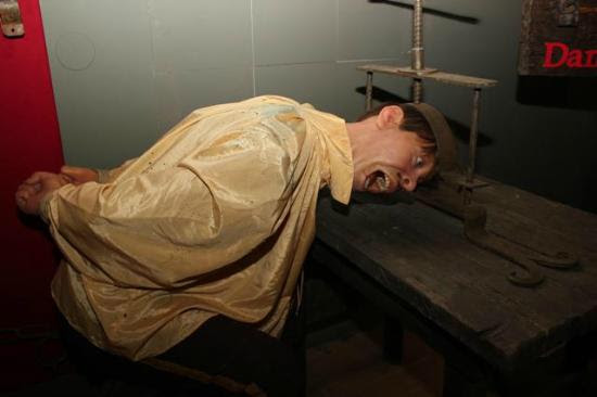 Museum of Medieval Torture Instruments: Press for the head