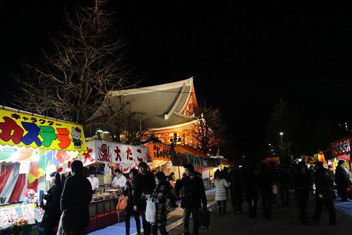 Rows of stalls at Senso-ji temple