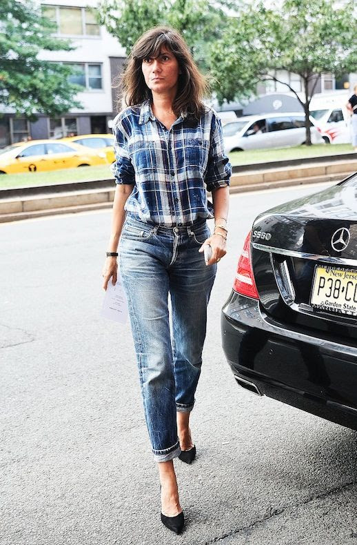 Le Fashion Blog Editor Style Nyfw Emmanuelle Alt Plaid Button Down Shirt Boyfriend Jeans Black Pumps Via Popsugar