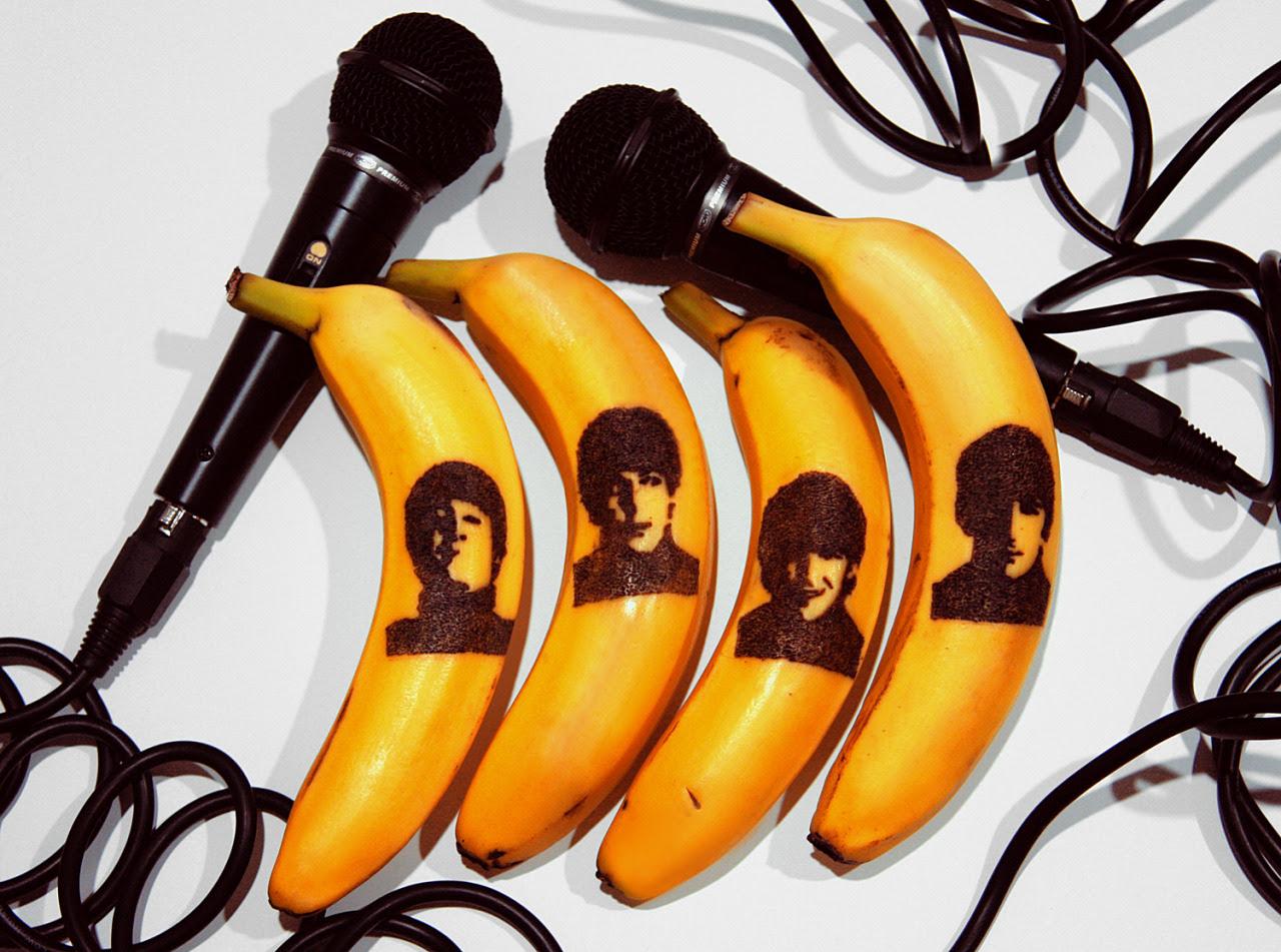The Beatles - el tatuaje de un plátano con el pasador de seguridad