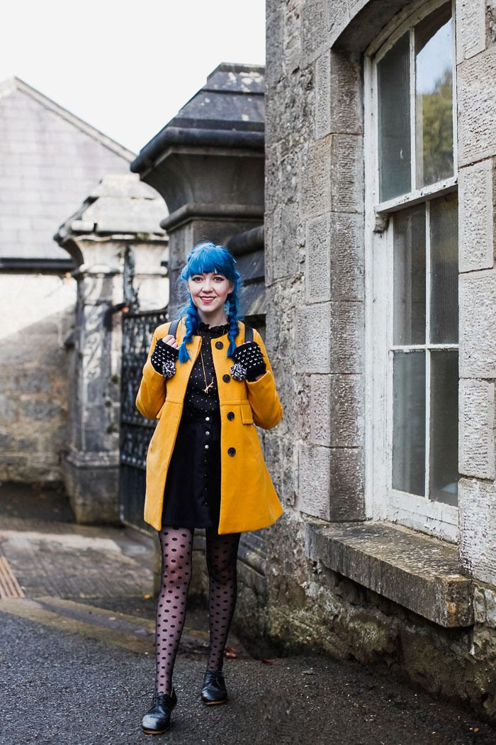 Outfit: Not Coraline - A Clothes Horse