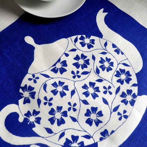 Teapot tea towel