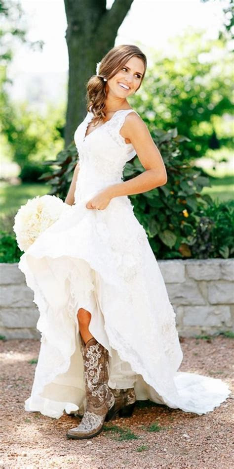Best 25  Western wedding dresses ideas on Pinterest