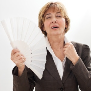 Hot flashes linked to higher hip fracture risk | Health24