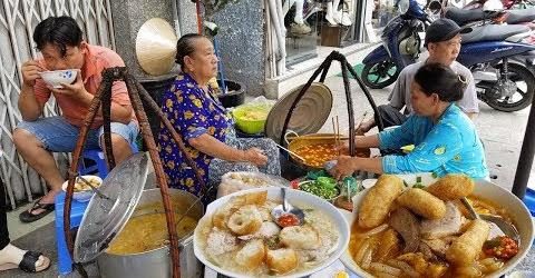 Gánh bánh canh 20k/tô duy nhất ở Chợ Lớn không bàn ghế