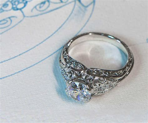 How to Design Your Own Unique Custom Engagement Ring