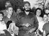 16 de abril. Fidel con estudiantes de la Clayton High School, en Washington DC.