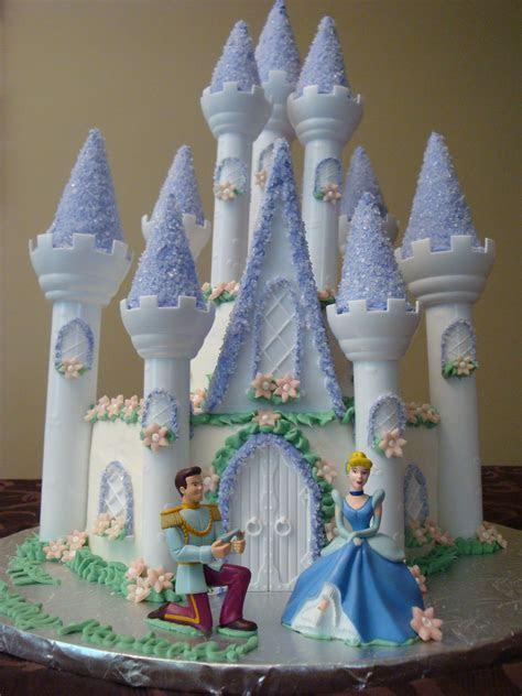 Castle Cakes ? Decoration Ideas   Little Birthday Cakes