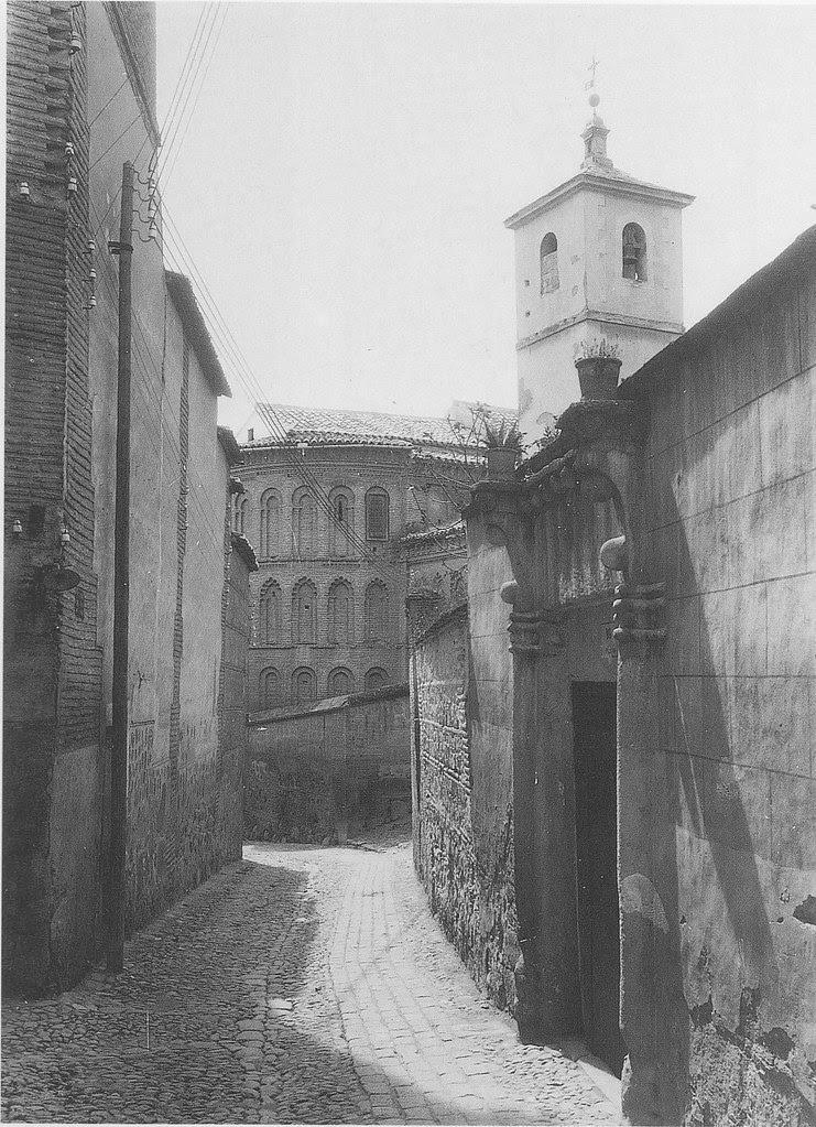 Iglesia de San Bartolomé a principios del siglo XX. Fotografía Rodríguez