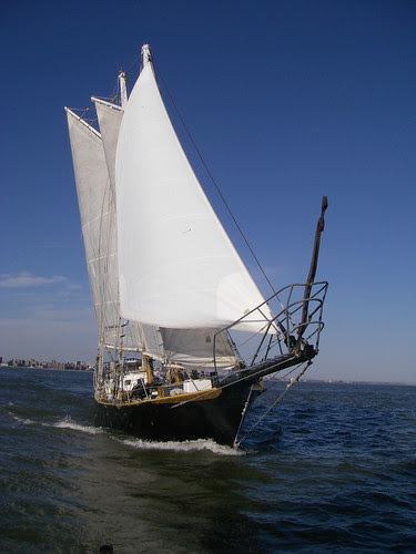 Schooner Anne heads to sea for 1000 days