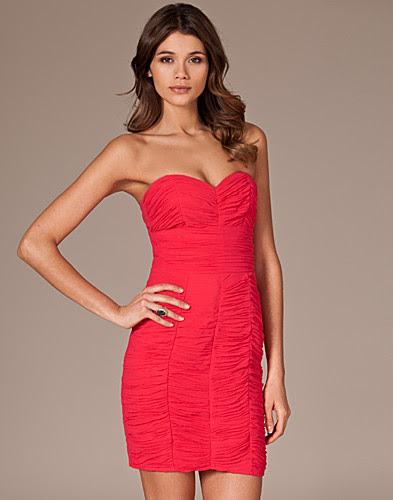 JUHLAMEKOT - LIPSY / BOMBSHELL DRESS - NELLY.COM
