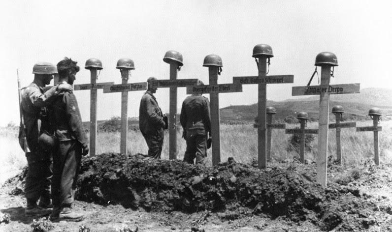 File:Bundesarchiv Bild 141-0848, Kreta, Soldatengräber.jpg