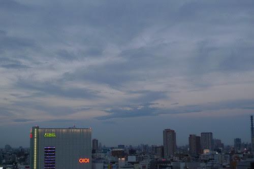 shinjuku and the darkening sky
