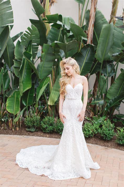 6 Tips on Wedding Dress Alterations   Inside Weddings