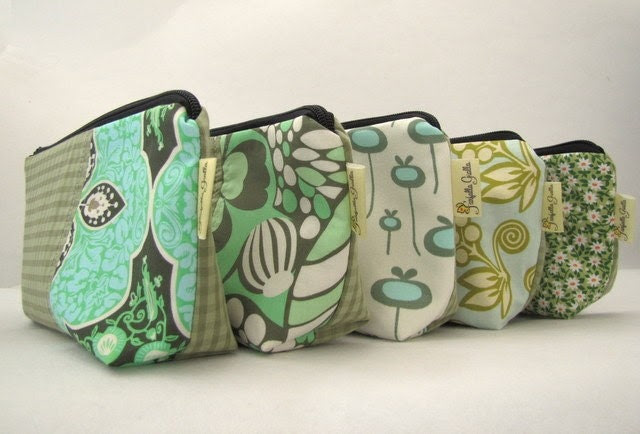 Bridesmaid Gift Set of 5 Make up Bags  - Choose the fabric