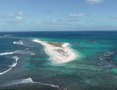 La isla quedó reducida a casi nada.