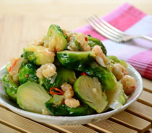 BRUSSEL SPROUT TUMIS SAMA UDANG