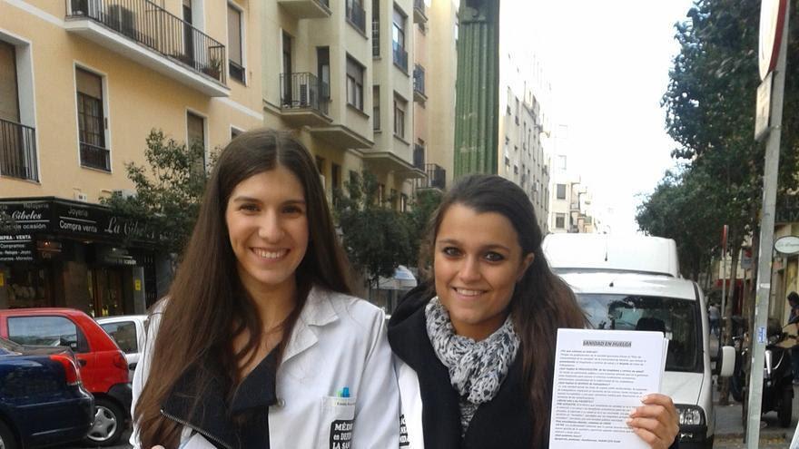 Recogida de firrmas contra las medidas sanitarias de Madrid.