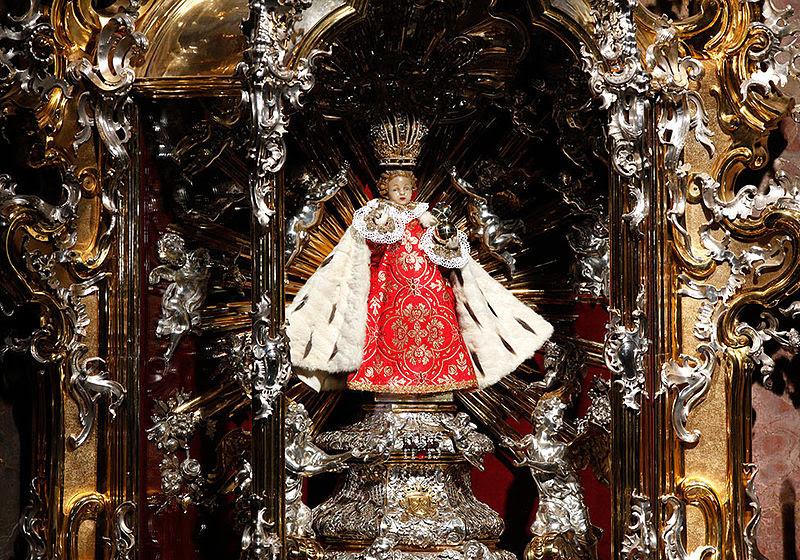 File:Child Jesus of Prague (original statue).jpg
