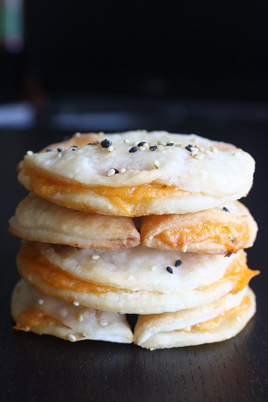 Ham and Cheese Pufflets - IMG_3095pr1