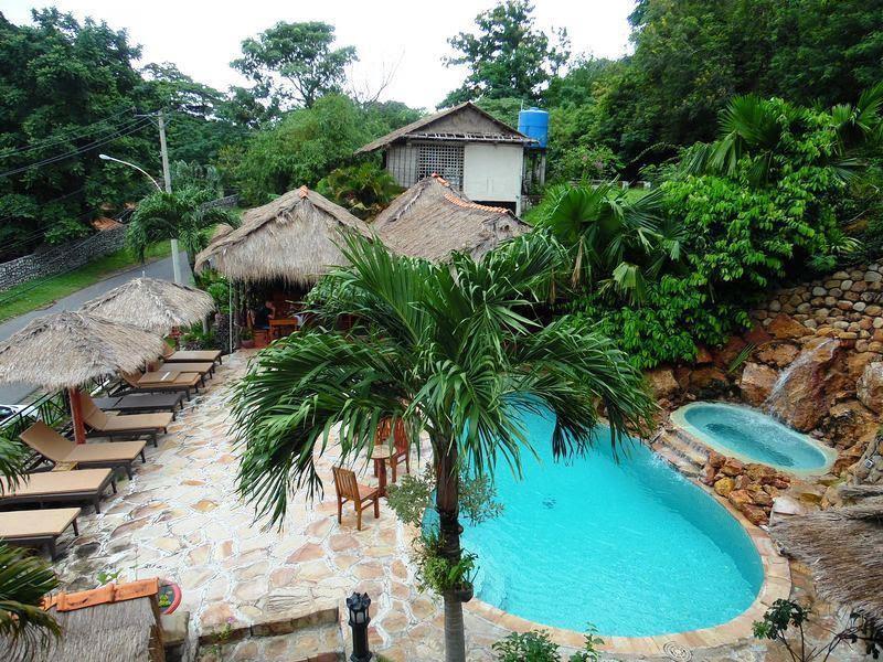 Discount The Beach House Hotel
