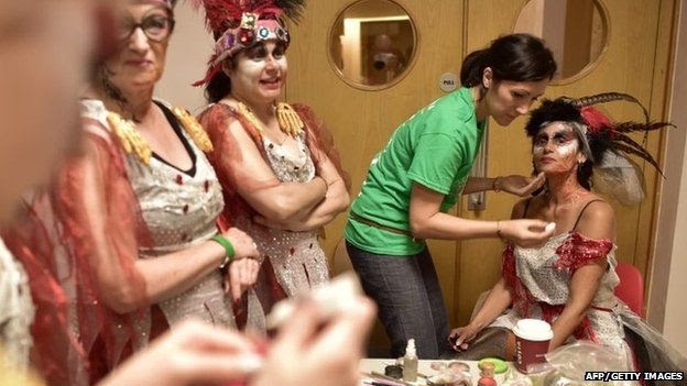 Make-up application at the London School of Samba