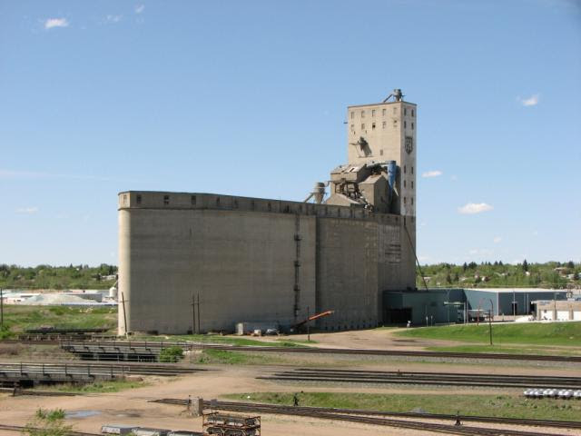 Parrish and Heimbecker Elevator in Moose Jaw, SK