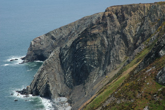 File:Cliffs on Cemaes Head, Pembrokeshire Coast - geograph.org.uk - 430187.jpg